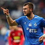 Man-of-the-Match Komlichenko bags all three points for Dynamo